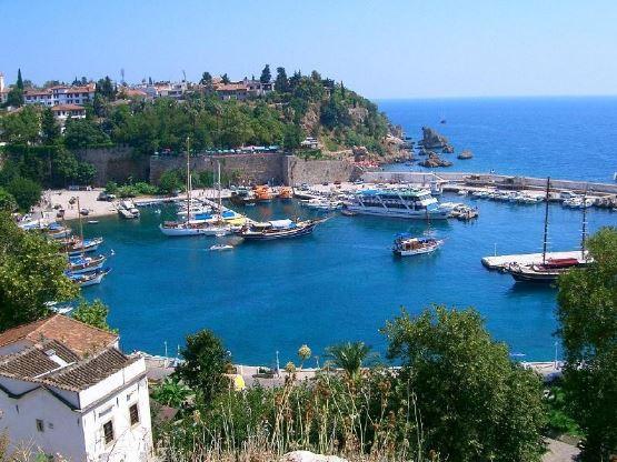 Antalya'da Ucuza Gezilecek Şahane Yerler